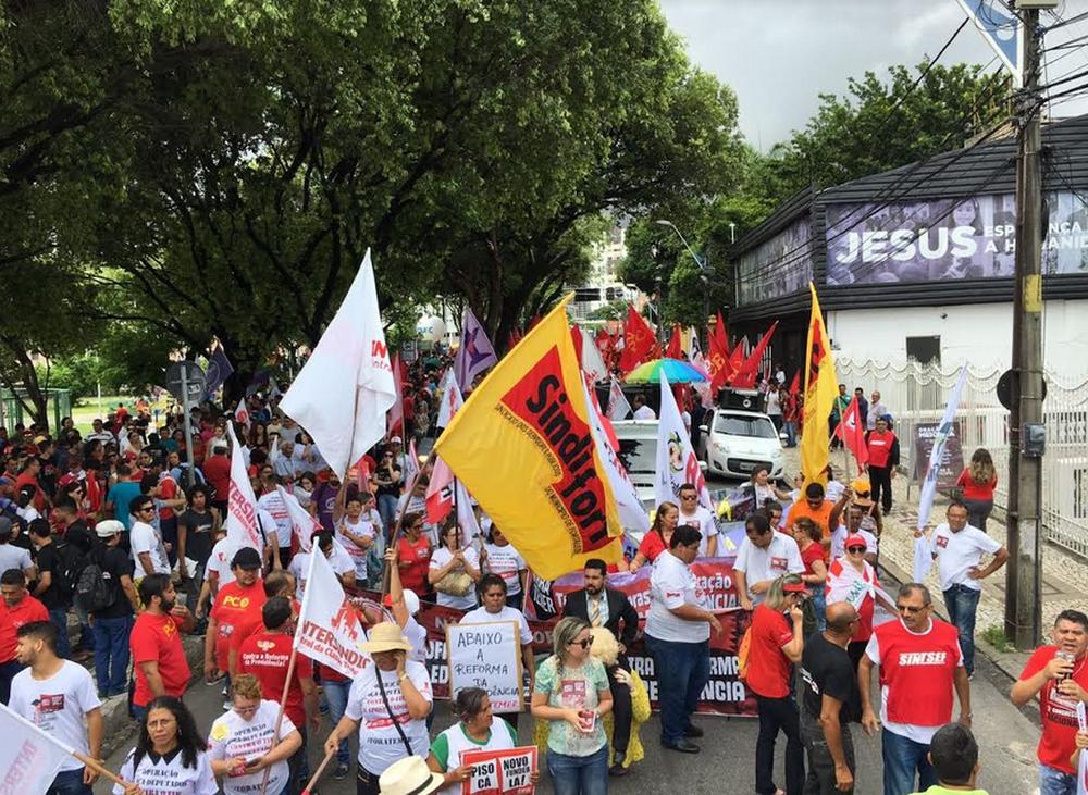 Protestos contra a Reforma da Previdência acontecem em várias capitais do país