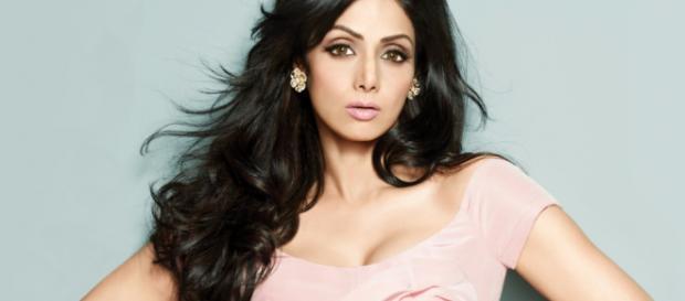 Morte de atriz famosa de Bollywood choca a India