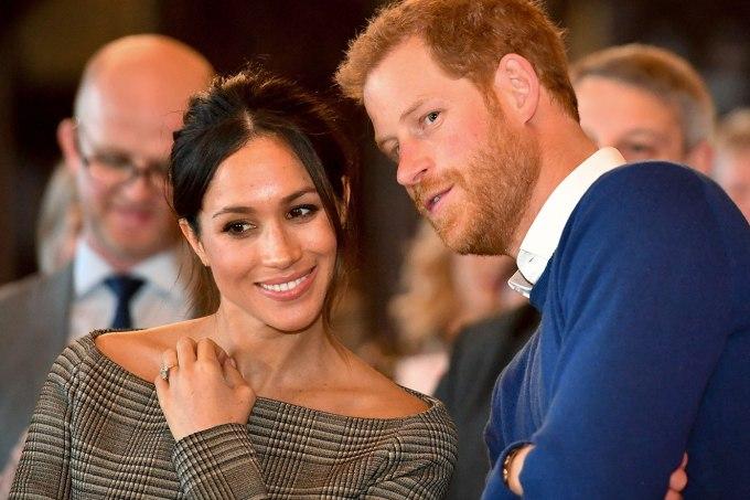 Principe Hary e Duquesa Meghan devolvem presentes de casamento