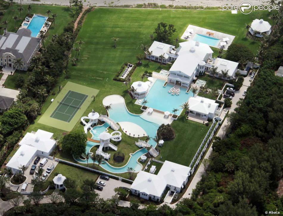 Mansão vendida por Celine Dion impressiona pelo tamanho e quantidade de piscinas