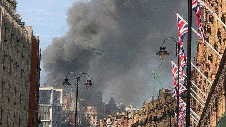 Incêndio no Hotel Oriental Mandarian assusta moradores de Londres