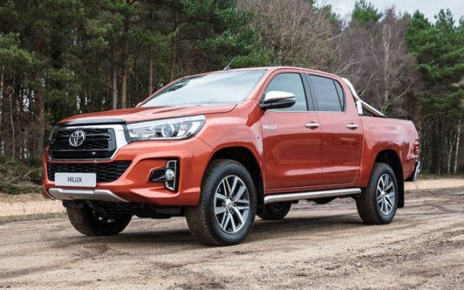 Toyota Hilux está prestes a ganhar retoques no desenho