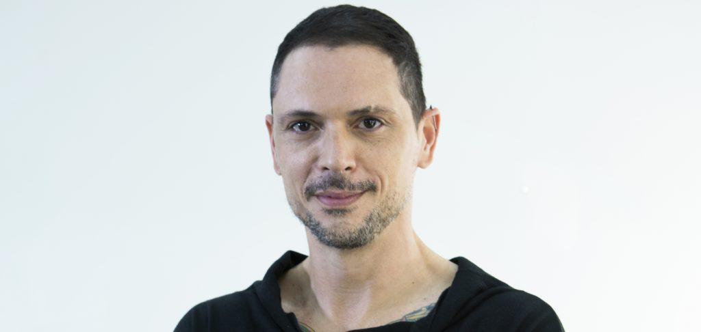 Ricardo dos Anjos, hystilist de celebridades dá dicas de como cuidar do cabelo