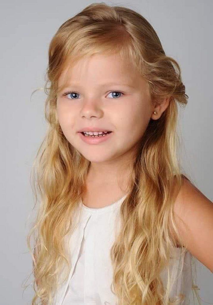 Menina de 7 anos morre ao cair em fosso de ventilação de prédio em construção em Santa Catarina