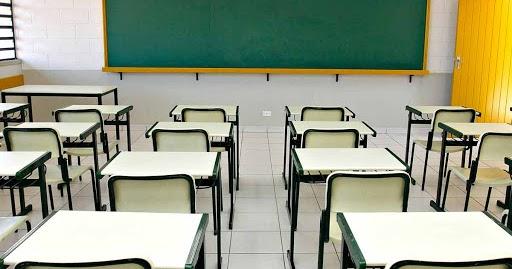Continuam proibidas aulas, eventos e suspensos transporte intermunicipal em 353 cidades na Bahia