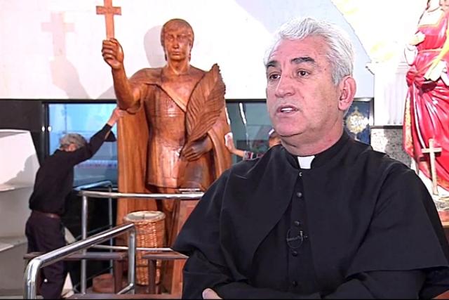 Mais um escândalo na Igreja Católica: padre acusado de desviar R$ 1,3 mi em doações tem bens bloqueados