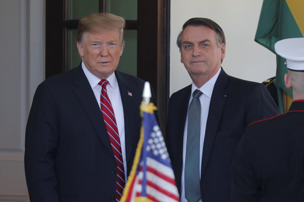 Apoio de Bolsonaro ao Trump não impediu a queda do comércio entre Brasil e EUA