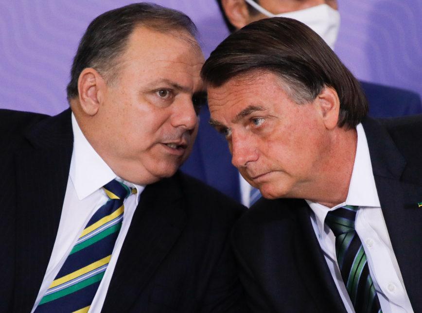 Crise na Saúde: Bolsonaro discute saída de Eduardo Pazuello