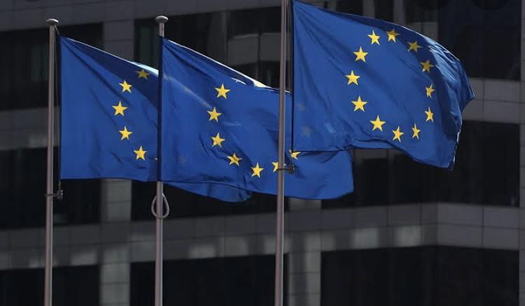 União Europeia divulga quais vacinas são aceitas em estrangeiros