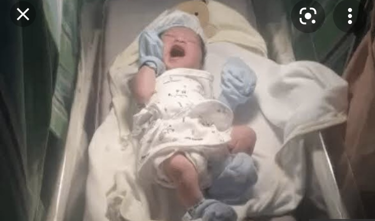 Bebê filipino chama atenção pelo seu nome