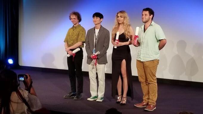 Filme brasileiro CANTAREIRA de Rodrigo Ribeyro é premiado em Cannes