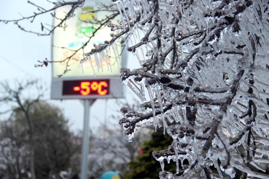 Frio chega no Brasil e neve cai em algumas cidades do Sul do País