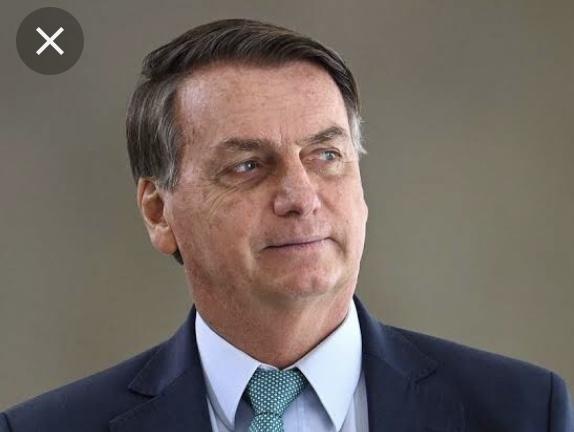 Bolsonaro é derrotado na Câmara e voto impresso é rejeitado