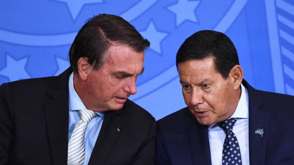 Chapa Bolsonaro-Mourão pode ser cassada