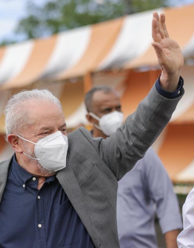 Governador Rui Costa recepciona Lula em Salvador