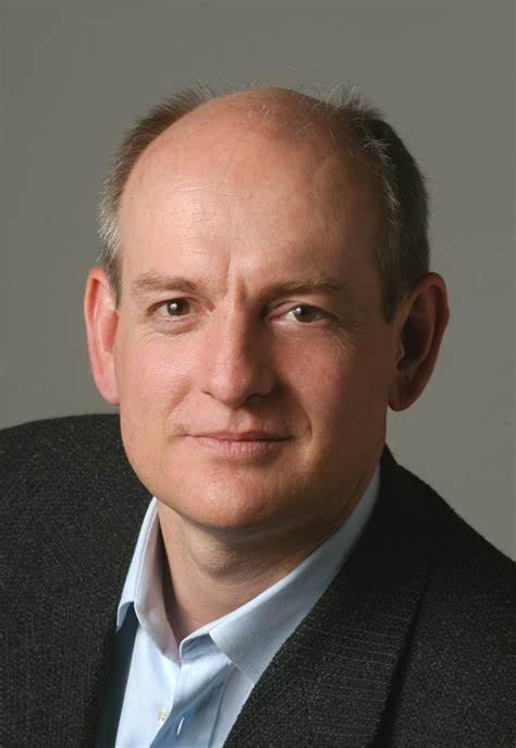 Pioneiro da Inteligência Artificial, Stuart Russell, afirma que algarítimos das Redes Sociais são nocivos ao homem